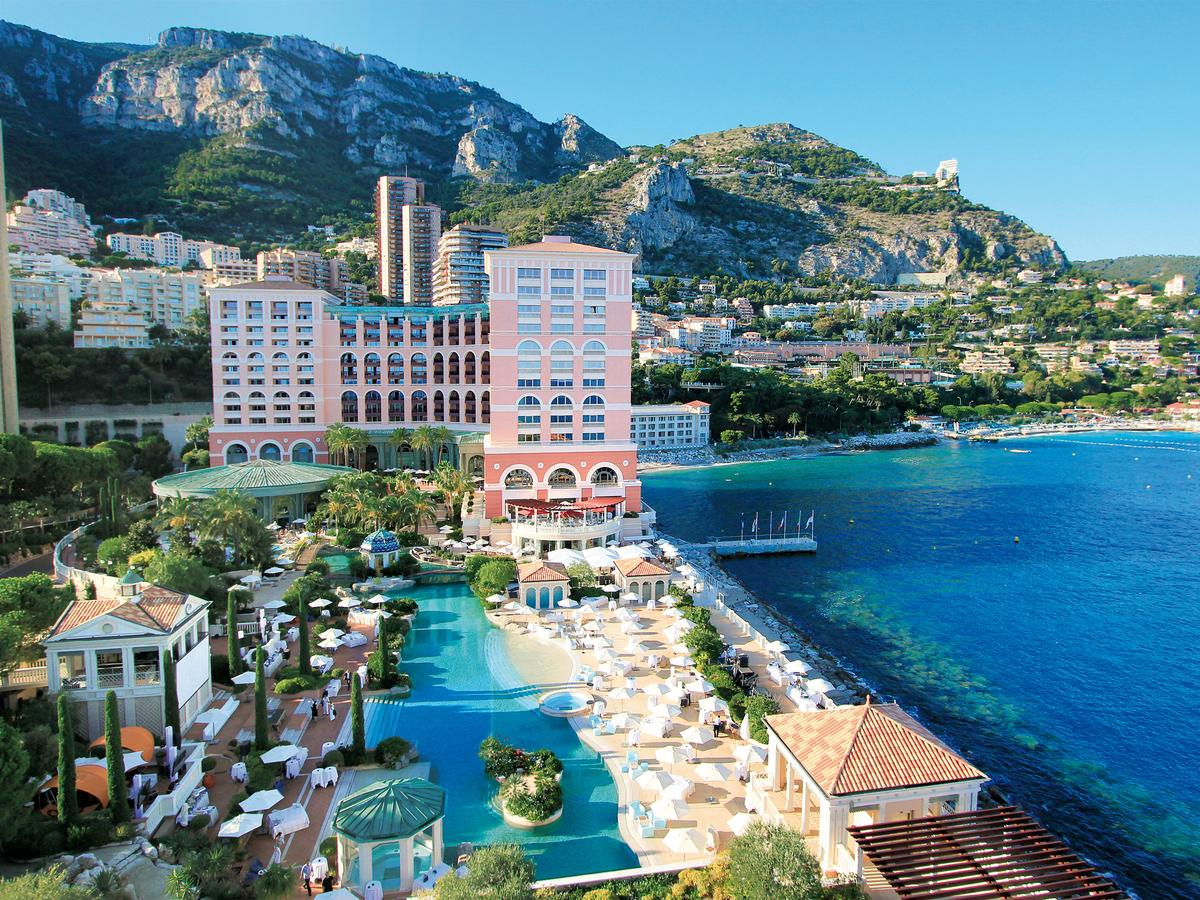 Monte-Carlo Bay Hotel & Resort 1